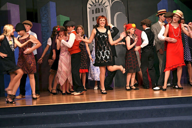 The Middle School Drama Club's production of Thoroughly Modern Millie, Jr.