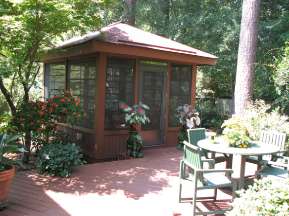 How about a detached screen porch archadeck outdoor living for Detached sunroom